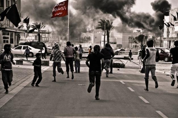 Συγκρούσεις μεταξύ διαδηλωτών και αστυνομίας στη Σίτρα, Ιανουάριος 2012 (φωτο Saeed Saif)