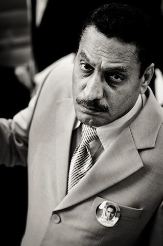 Ο πατέρας του Μαχμούντ Αμπου Τακί, ενός ακτιβιστή που σκότωσαν οι δυνάμεις ασφαλείας στο Pearl Roundabout, Ιανουάριος του 2012 (φωτο Saeed Saif)